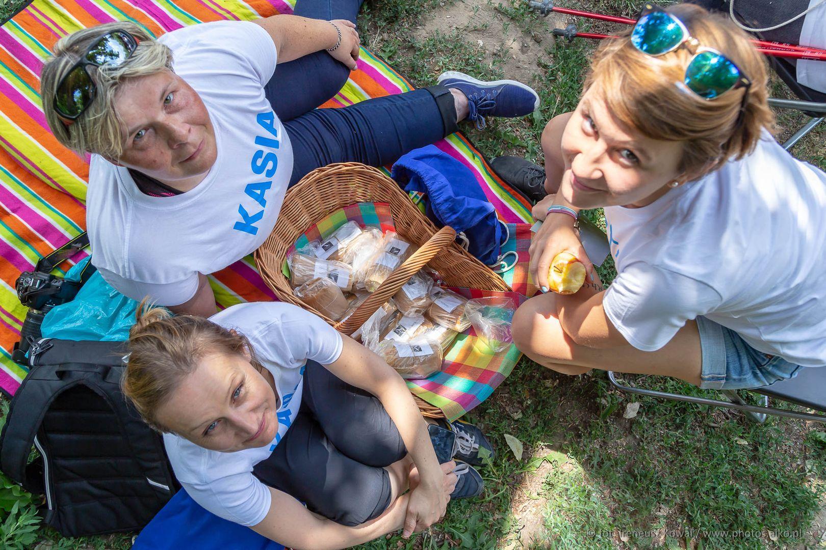 Marta i dwie Kasie, organizatorki Spaceru.