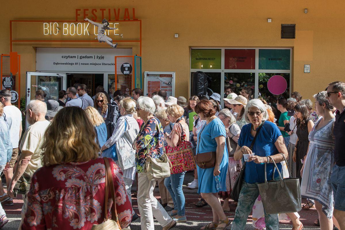 Czytanie nogami - spacer literacki. Big Book Festival 2019