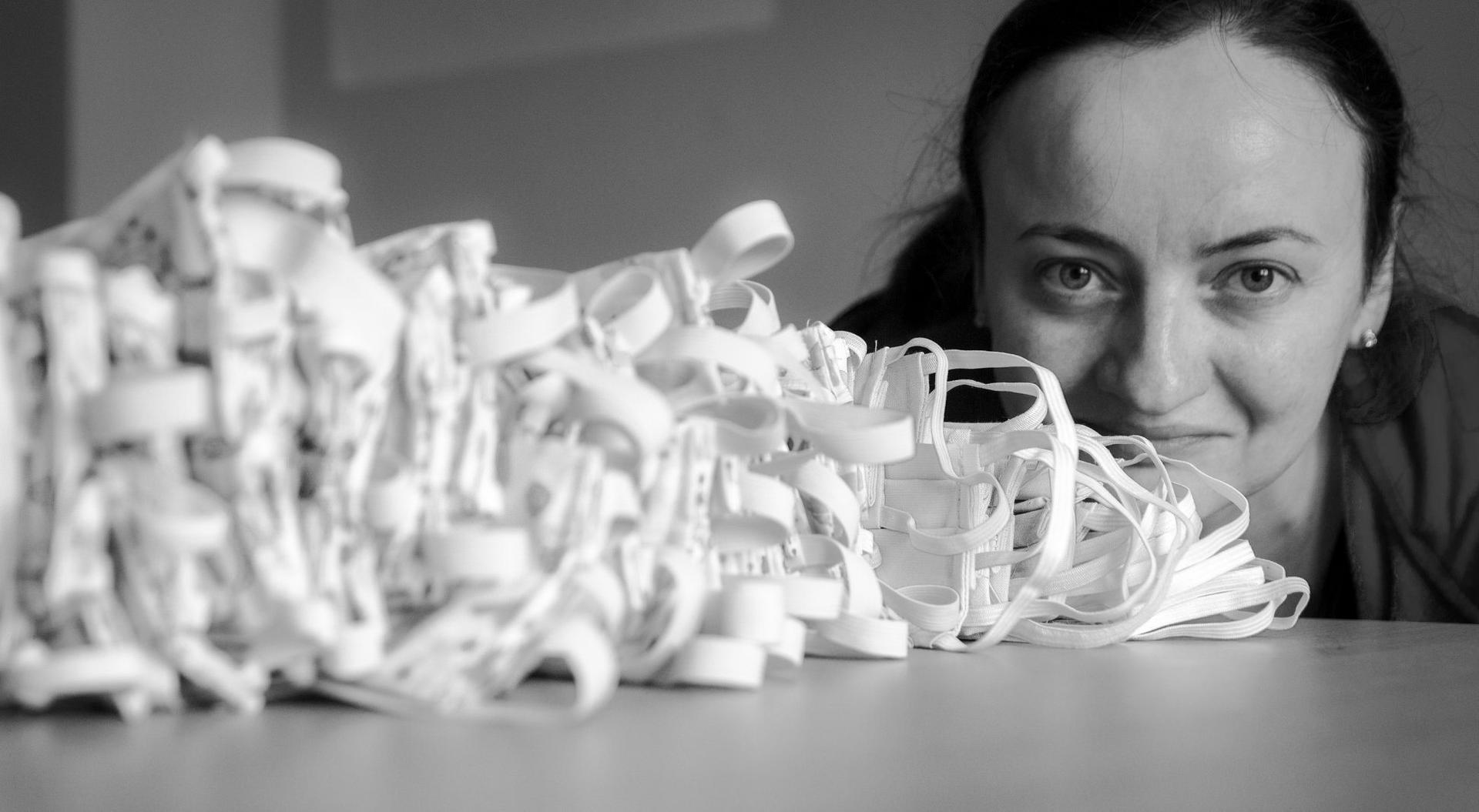 Agnieszka Budzyńska zaangażowała się w produkcję maseczek dla służb medycznych