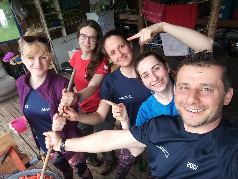 Wolontariuszki i wolontariusze Pracowni Nauki i Przygody