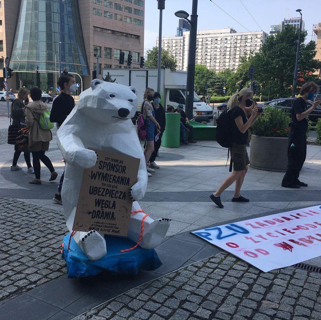 Protest pod PZU