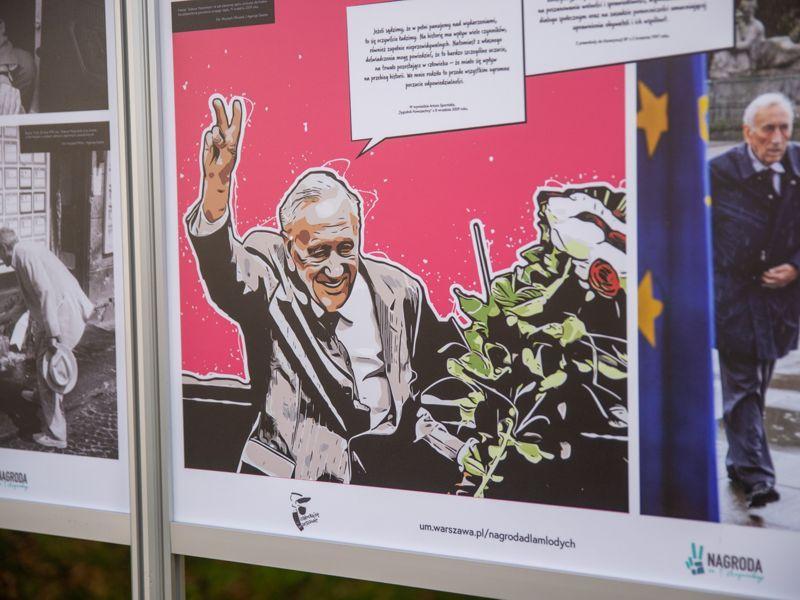 Tadeusz Mazowiecki, wystawa